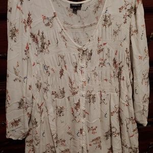 Torrid floral tunic size 4